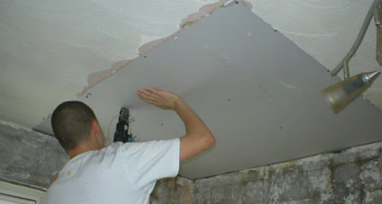 The Cost To Repair Or Replace A Ceiling