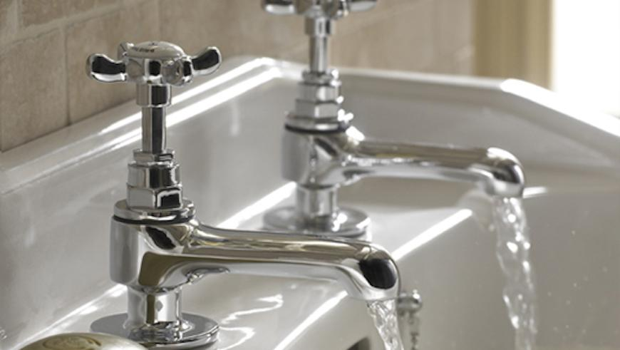 The Cost To Replace A Bath Sink And Taps