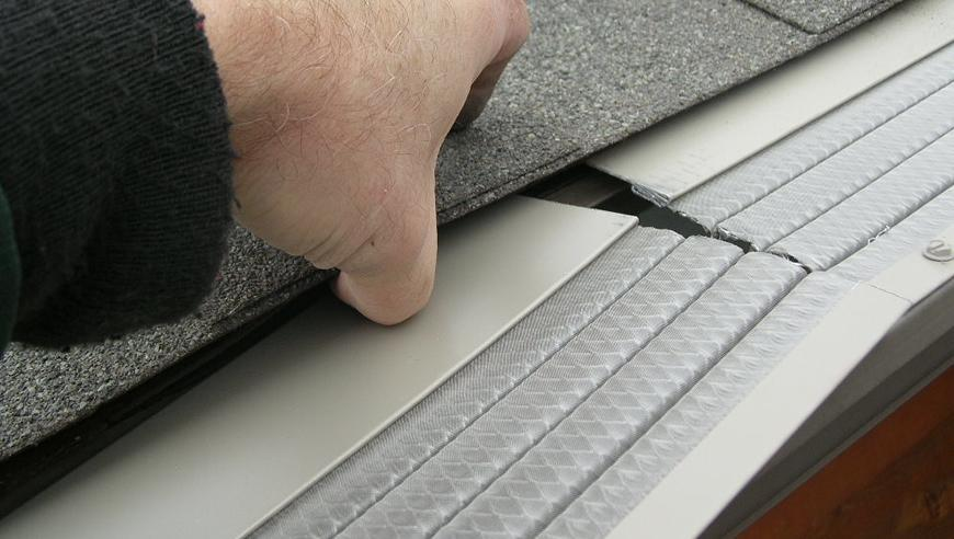 Install Gutter Leaf Guards Labour Amp Material Costs
